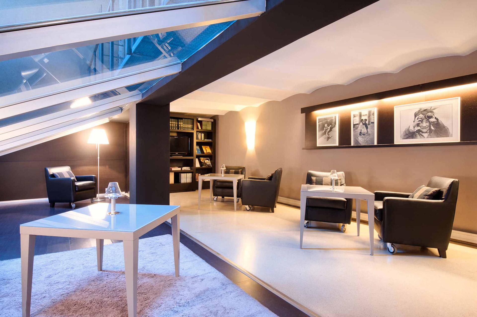 Servicios a empresas hotel actual for Sala de reuniones